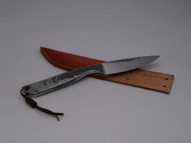 couteau-brut-de-forge-pochette-en-cuir